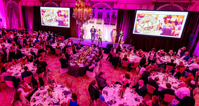 Komen Puget Sound Grace Notes Gala Raises More Than $800,000 to Fight Breast Cancer in Western Washington